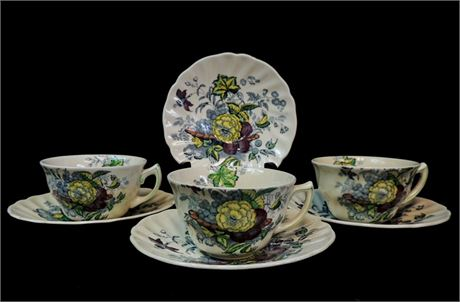 "Vintage Royal Doulton ""The Kirkwood"" Teacups & Saucers - 7 Pc Lot"