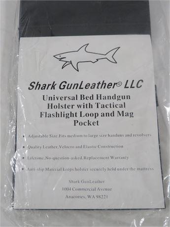 Shark Gunleather Handgun Holster (230-LV15F)