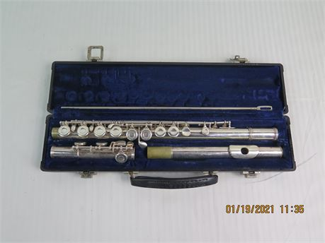 Gemeinhardt Elkhart, Ind. M2 Silver Plated Flute w/ Original Case (670)