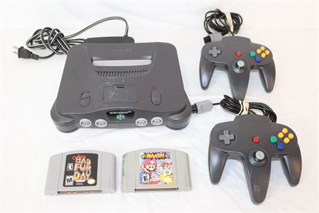 Nintendo 64 Game Console Bundle 2 Controllers 2 Games