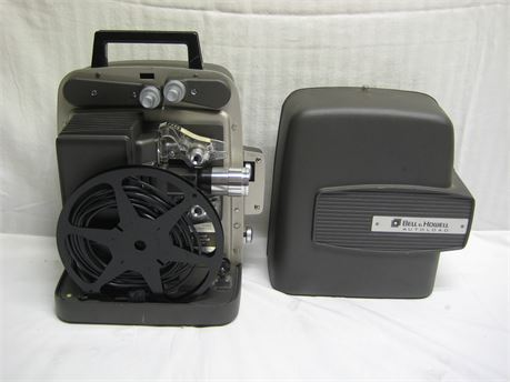 Vintage Bell & Howell Auto Load Super Eight Design 346A Movie Projector