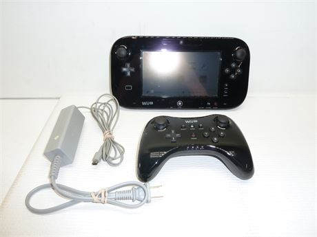 Wii U Game Pad M#WUP-010 W/ A/C (Works) And WUP-005 Controller Pre-Owned