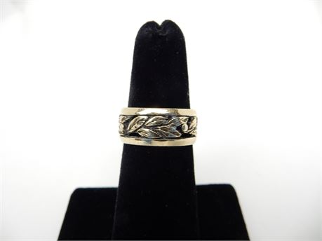 14K Yellow Gold Art Deco Carved Leaf Ring Size 5 1/2; 6 grams!