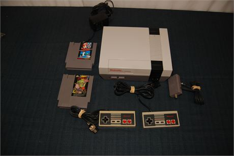 Plug and Play!! Original NES System Working (2) Games (500)