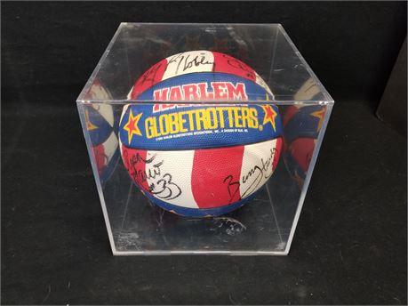 Harlem Globetrotters Basketball. W/ Player Autographs.