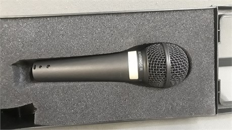 Behringer XM-8500 Ultra Voice Microphone.