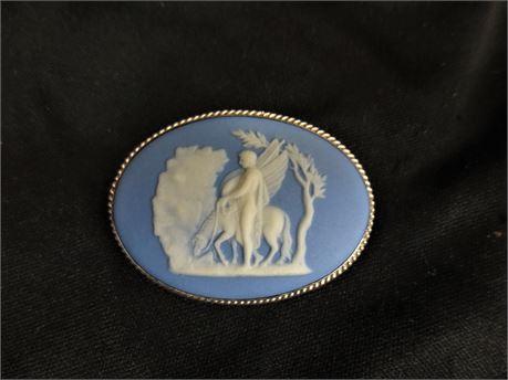 Vintage Wedgewood Jasperware Pegasus Oval Brooch 925 Silver Frame