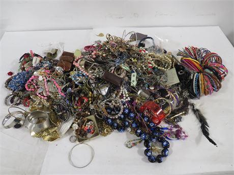 17.5lb's Assorted Mixed Jewelry (230-LV14TTT)