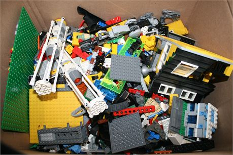 15 lbs. Unsorted Legos