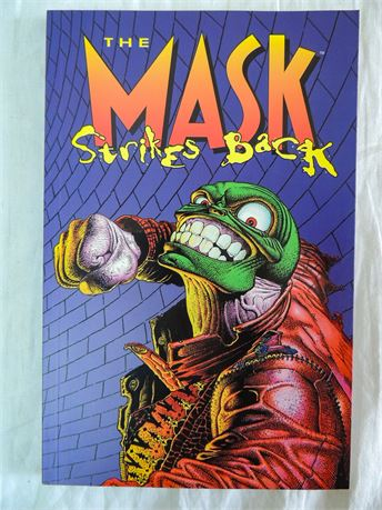 Dark Horse THE MASK STRIKES BACK TPB 1996 Arcudi Mahnke Graphic Novel