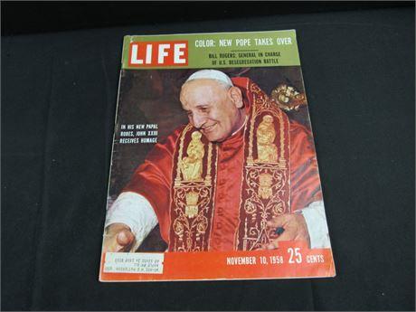 Vintage LIFE Magazine New Pope Takes Over NOV 10 1958 (650)