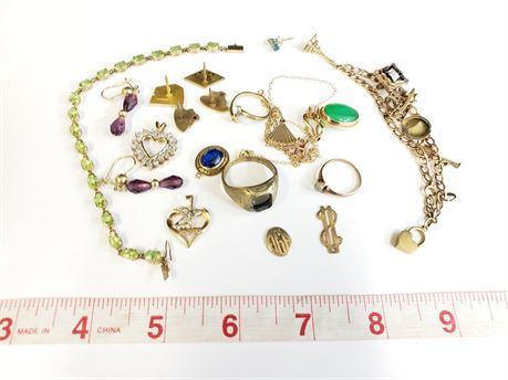 Lot Of 10K Gold Scrap, Rings, Pendants, Bracelets  51.2 Grams Total Weight.