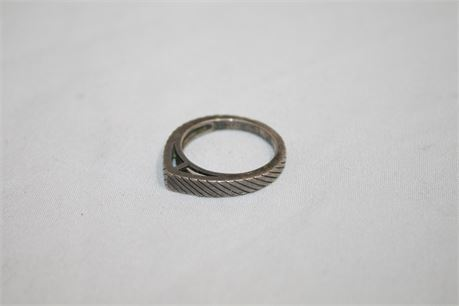 Sterling Silver Ring, Size 7, 3.94 Grams