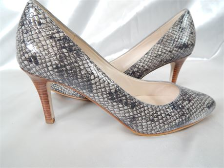 Cole Haan Snake Skin Pump with Stacked Heel Women's size 6.5 (270R4)