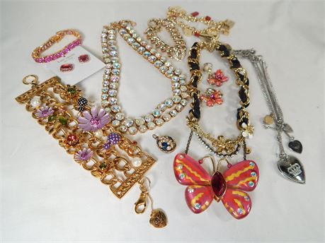 Great Lot Of  Mostly Designer Costume Jewelry (270r1bs2)