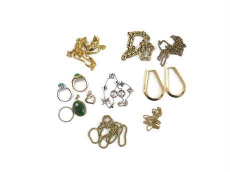 48.08g of 18k Gold Jewelry - Mostly Wearable; Some Scrap (670)