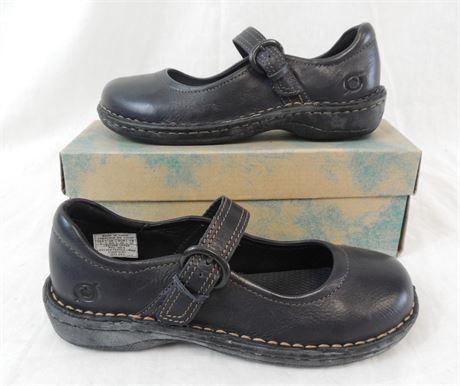 NIB Born Kids Size 3 Susy Navy Blue Mary Jane Style Shoes