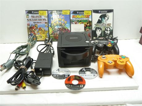 Nintendo Game Cube Console(DOL-001), 2 Controller ,7 Games & Memory Card