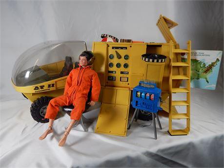 Vintage G I Joe Action Figure and AT II Vehicle (270r4bs2)
