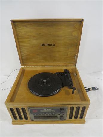 Detrola Record Player and Radio (230-LV26OO)