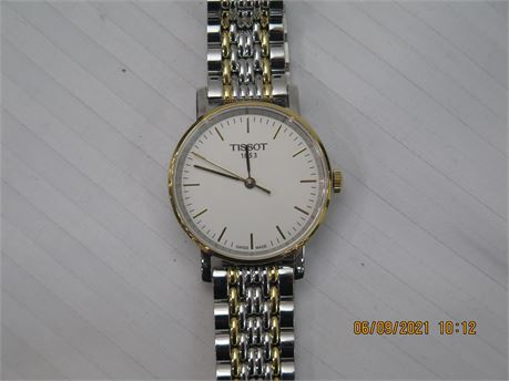 Tissot T-Classic Everytime Small T109210 A White Dial Ladies Watch (670)