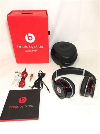 Beats by Dr. Dre Wireless Headphones 2013 Generation W/ Traveling Case