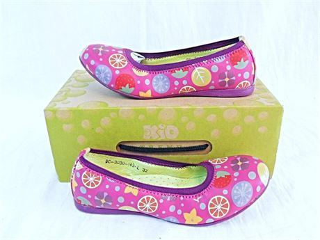 NIB Kio Trend Fuschia Fruit Print Ballet Flats - Girls Size 13/EU 32