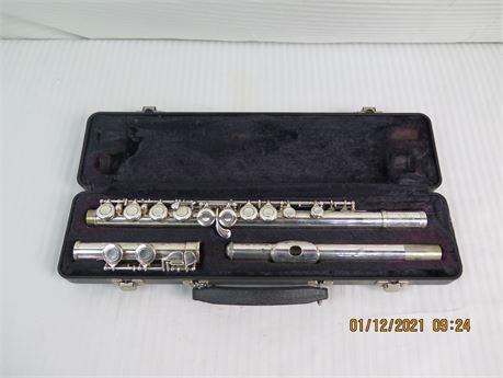 Vintage Artley 18-0 Silver Flute w/ Original Case (670)