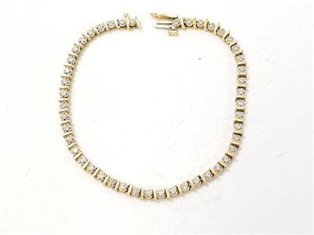 "14K Yellow Gold Tennis 7 1/4""  Bracelet Diamonds. 8.3 Grams Total Weight"
