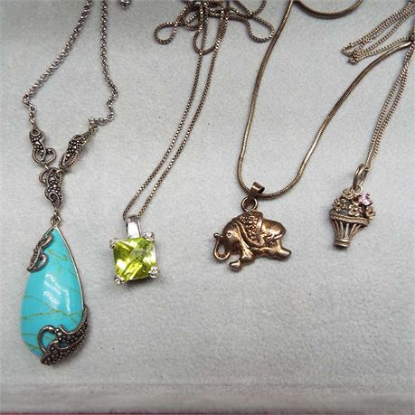 28.3 Grams 4 Sterling Silver Necklaces With Pendants