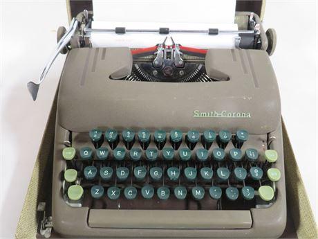 Smith Corona Typewriter (230-LV25WW)