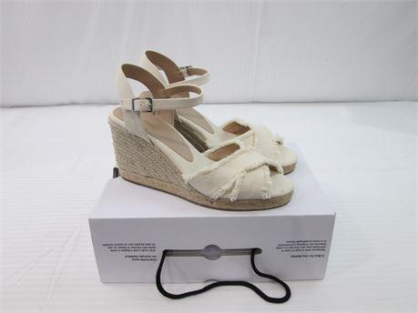 Aldo Womens Wedge Heel Sandal Size 9 Beige