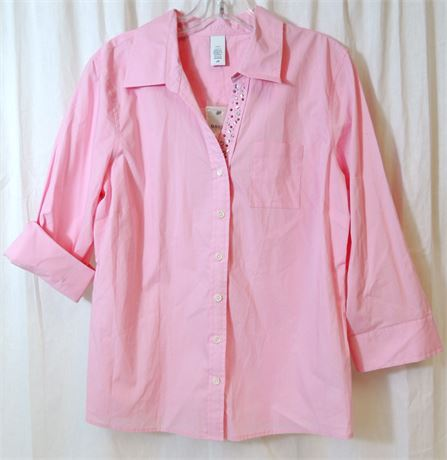NWT Ladies IZOD Golf Classix Pink Button Down Blouse Rhinestone Accent (579)