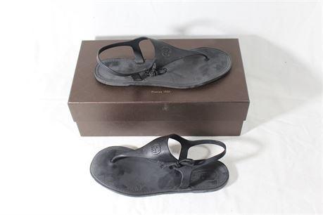 Gucci Women's Rubber Nero Sandals, Size 38G