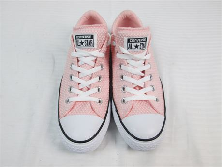 Converse Womens Shoes Size 9  Pink