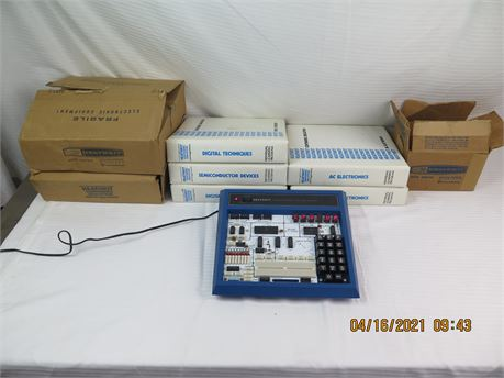 Vintage Heathkit ET-3400 MicroComputer Learning System w/ Manuals (670)