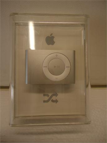 Apple iPod Shuffle 2GB MBS18LLA NIB