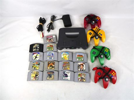 Nintendo 64 Console w/16 Games, 4 3rd Party Controllers Goldeye Mario Kart Smash