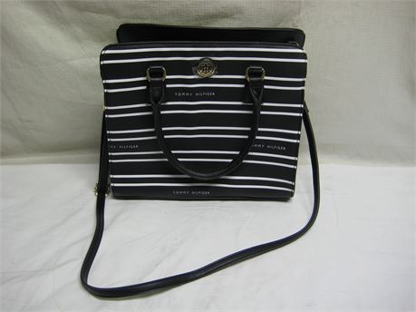 Tommy Hilfiger Black White Stripe Purse Brand New