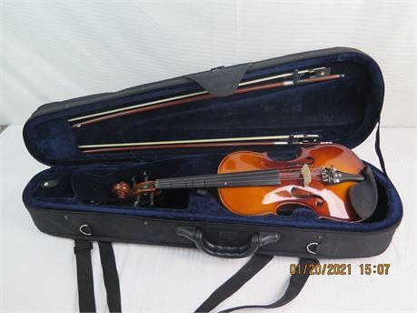 Cecilio CVN-300 Solid Wood Ebony Fitted 3/4 Violin w/ Case (670)