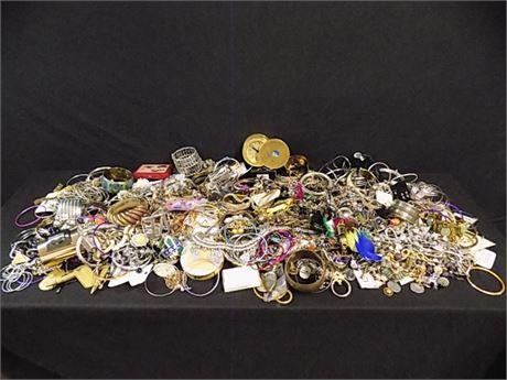 Delightful Costume Jewelry Lot; Beautiful Pieces; 21.13 lbs