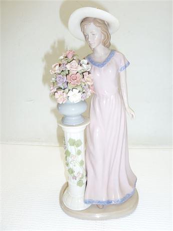 "Vernetti Porcelain:Women With Bouquet 12""x5.5"" Italia"