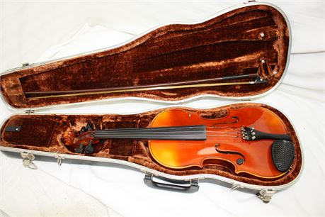 Josef Lorenz Luby Violin in Hard Case with Bow