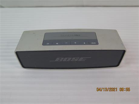 Bose SoundLink Mini Wireless Bluetooth Portable Speaker (670)