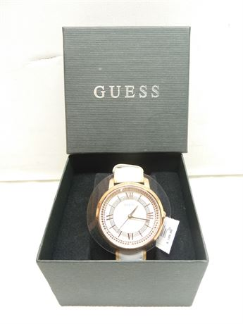 NEW, Guess Watch, W0934L1, Wht/Gold, (Running) In Box W/Tags (Retail;$105.00)