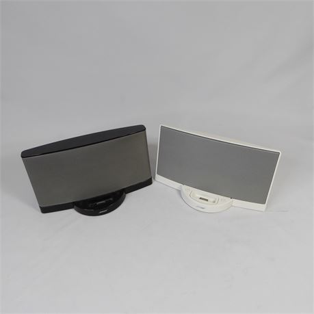 2 Bose SoundDocks For Parts Or Repair, Untested No Power Cords