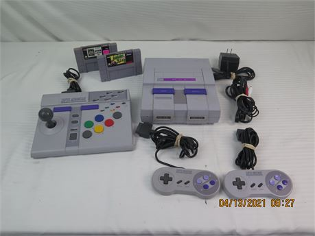 Super Nintendo SNES SNS-001 Game Console w/ 2 Controllers, Gamepad, 2 Games