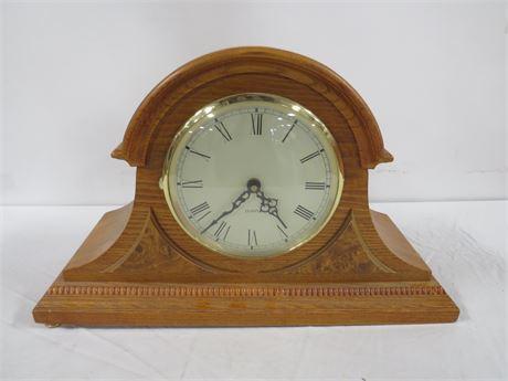 Wooden Electronic Mantel Clock (230-LV9TT)