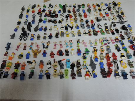 200 Lego's Action Figures Plus 2 Lbs Of Parts