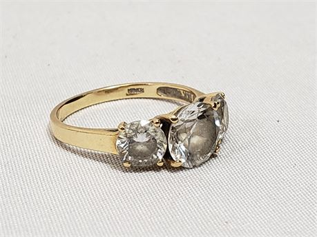 14K Yellow Gold Size 8 Ring. 3.2 Grams Total Weight.